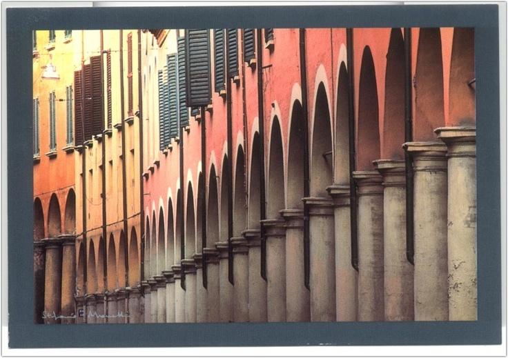 Le portici di Bologna. Rain or shine, you can take shelter.
