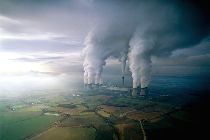 Usines de charbon, Royaume-Uni by Konbini
