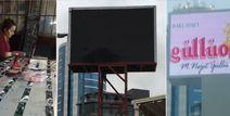 Türkiye'de bir çok il ve ilçeye led ekran satışı ve montajı gercekleştirmiş olan Freeled Elektronik, Ankara'da ilk led ekran üretim ve kurulum deneyimini Güllüoğlu firmasının 12 metre çift taraflı totem led ekran siparişi üzerine gerçekleştirmiş oldu.