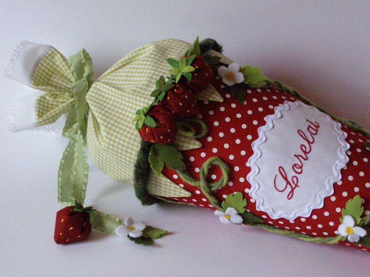 Schultüte / Zuckertüte mit Erdbeeren von ...vonne Waterkant auf DaWanda.com