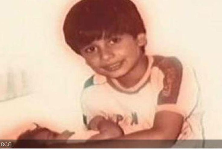 In this board we are showing how #celebrities looks in their #childhood. We have some #collection of celebrities childhood #pics. In this pic #Shahid #Kapoor.