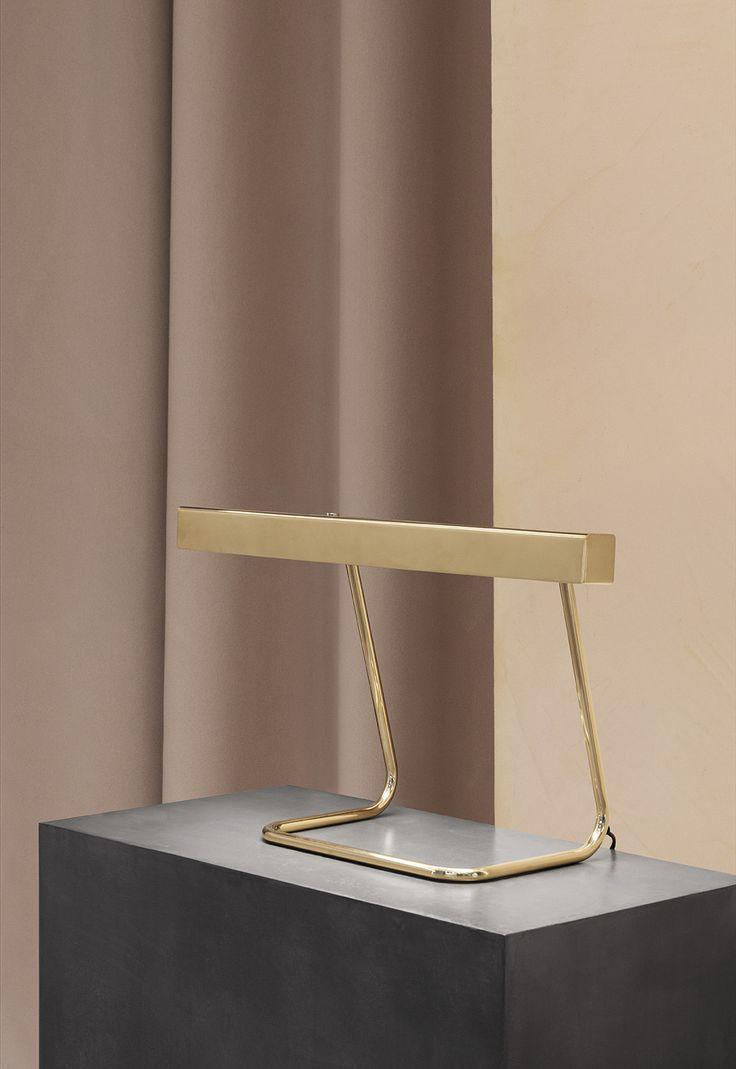 Anour T - Model desk lamp