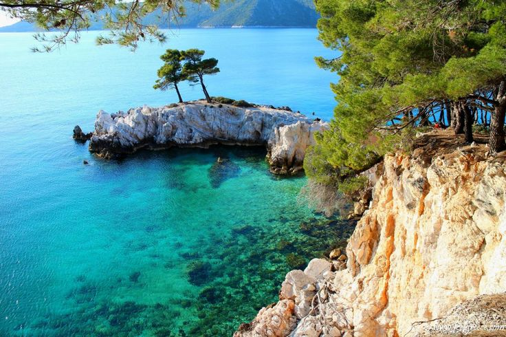 Amarandos Cape, Skopelos - Amarandos is a rocky cape which, along with Agios Ioannis Kastri, has become the symbol of Skopelos