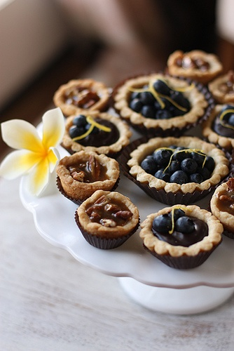 The Baby Pecan Pie Bites and Blueberry Tartlets with Lemon GanacheBaby Pecans, Blueberries Tartlets, Lemon Ganache, Pies Bites, Pecans Pies, Pecan Pies