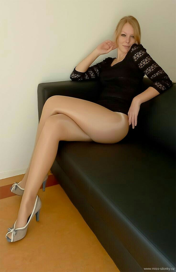 Sheer pantyhose legs amateur