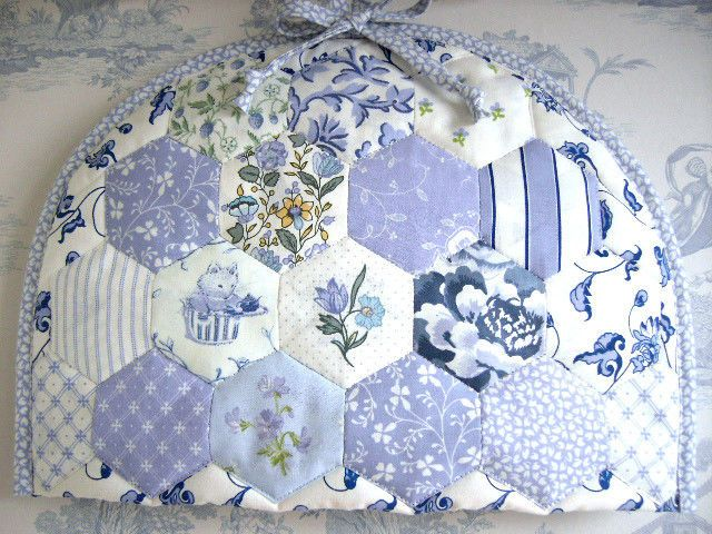 Laura Ashley hexagon patchwork EPP Tea Cosy/Cosie Sapphire Ming Campion Wicker