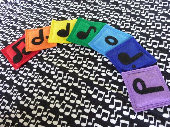 Arcobaleno musicale nota sacchi di fagioli di LittlePicklepotamus