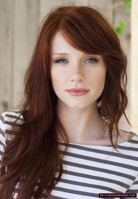 Dark brownish red auburn hair color