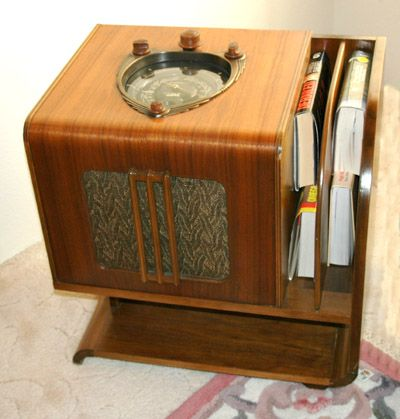 WOOD RADIOS - Jim's Antique Radio Museum