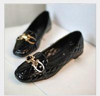 Envío gratis 2014 nuevo invierno salvaje coreano day money alambre de hebilla de metal acolchado zapatos de los planos