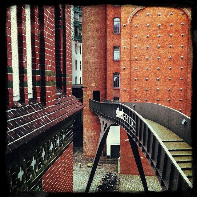 Stilwerk Brücke, via Flickr.