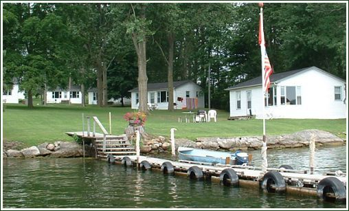 Bayside Cottages & RV Park - Walleye Pike & Bass Fishing, Prince Edward County, Ontario