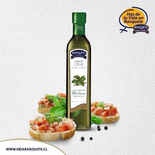 Aceite de Oliva Extra Virgen con sabor a Albahaca - 250 ml. / ¡Haz de tu vida un verdadero Banquete! www.banquete.cl