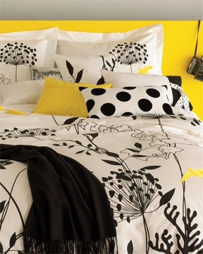 Love the fresh, crisp graphics with pops of yellow!