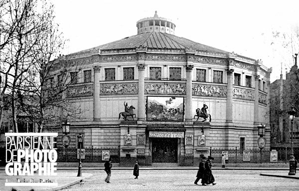 Le cirque d'Hiver (Jacques Hittorf architecte, 1852). Paris XIème arr., 110, rue Amelot, vers 1910.