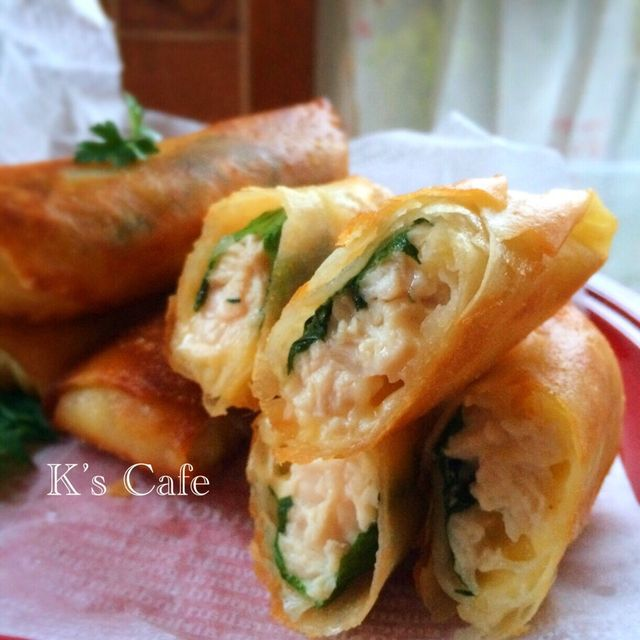 Easy to save!  Chicken breast meat and large leaf spring roll cheese in ️️