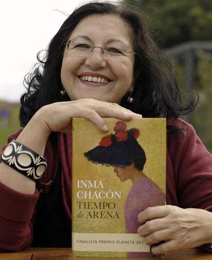 Inmaculada Chacón Gutiérrez, más conocida como Inma Chacón, es una narradora y poeta española, hermana gemela de Dulce Chacón.