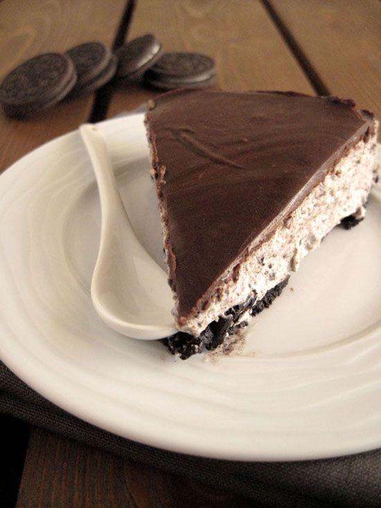 Ένα cheesecake με μπισκότα Oreo