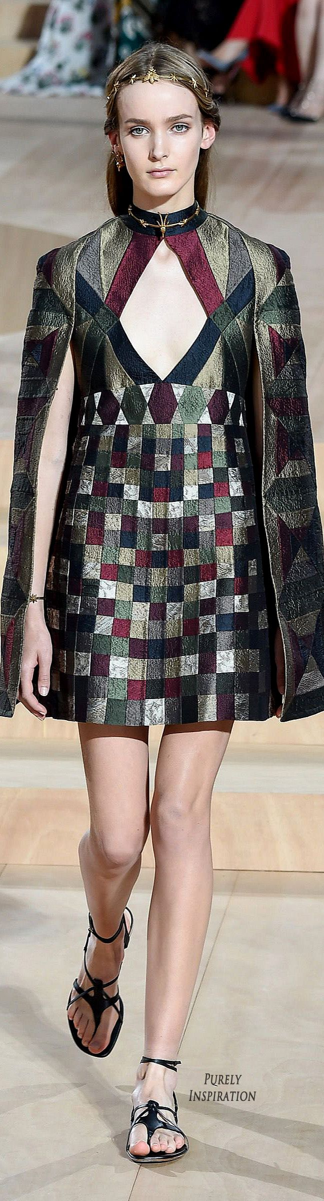 Valentino Fall 2015 Haute Couture | Purely Inspiration