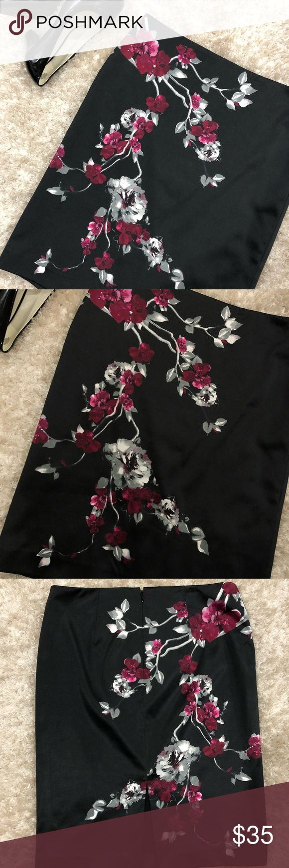 "WHBM Floral Black Pencil MIDI Skirt size 6 Waist: 16"" Length: 22""  Gorgeous skirt NWOT Has a 7"" opening in the back   Sits above hip bone  Please let me know if you have any questions White House Black Market Skirts Midi"