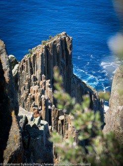Tasmania, Australia, Geology, Tasman Peninsula, columnar jointing, cooling, jointing, hexagonal, Rocks, Sea columns, sea cliffs, south, antarctica, adventure, travel, blog, geologist, exploring, exploration, dolerite, what rock type is, how did form, ocean, sea, intrusive, extrusive, geomorphology, cape raoul, bush walking, hiking