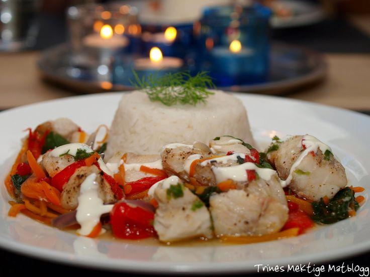 Å lage god, sunn og spennende mat, som attpåtil ikke medfører særlig oppvask, kan nesten virke som en umulighet, men det er det slett ikke! Ved å bake fisk og grønnsaker sammen i alufolie oppnår du…