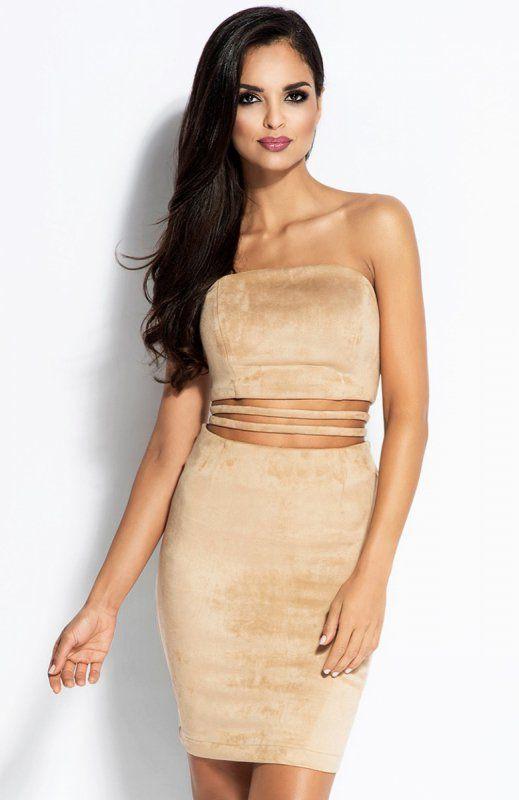 Dursi Sue sukienka beżowa Seksowna sukienka, wykonana z przyjemnej w dotyku dzianiny, dopasowany fason świetnie podkreśla kobiece kształty