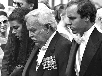 caroline prince rainier and albert at princess grace 39 s funeral stephanie was still in recovery. Black Bedroom Furniture Sets. Home Design Ideas