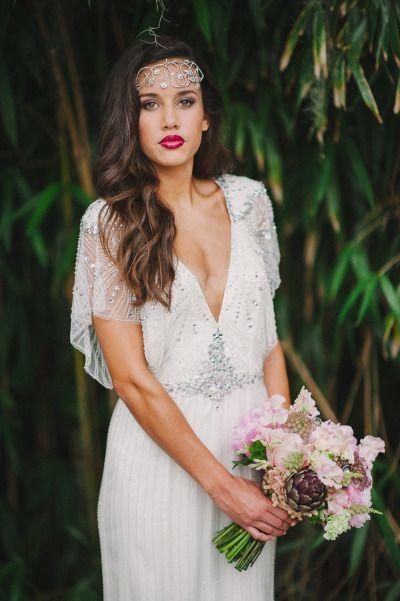 Fashionable flapper deep v neck wedding gown #wedding #dress #flapper