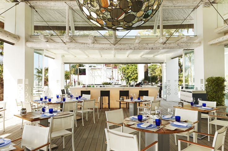 Terraza #SeaGrill. #PuenteRomanoBeachResortMarbella  #gastronomia