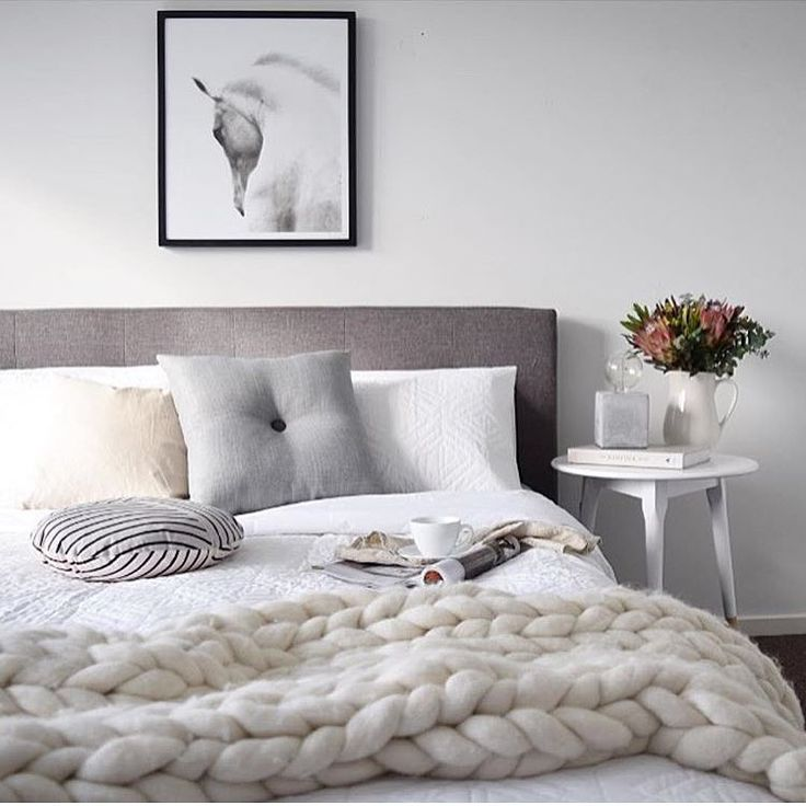 Good morning from the beautifully styled bedroom of @kerryann_stylist