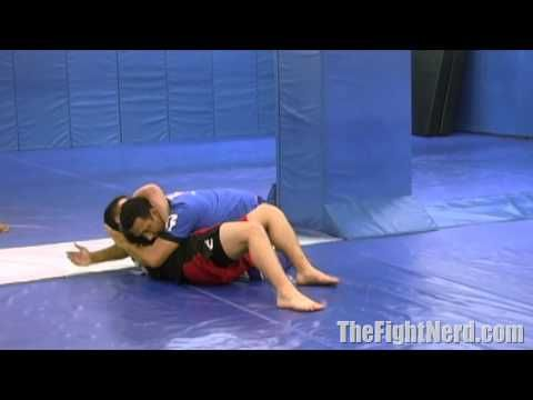 Renzo Gracie shows how to escape from a guillotine - YouTube