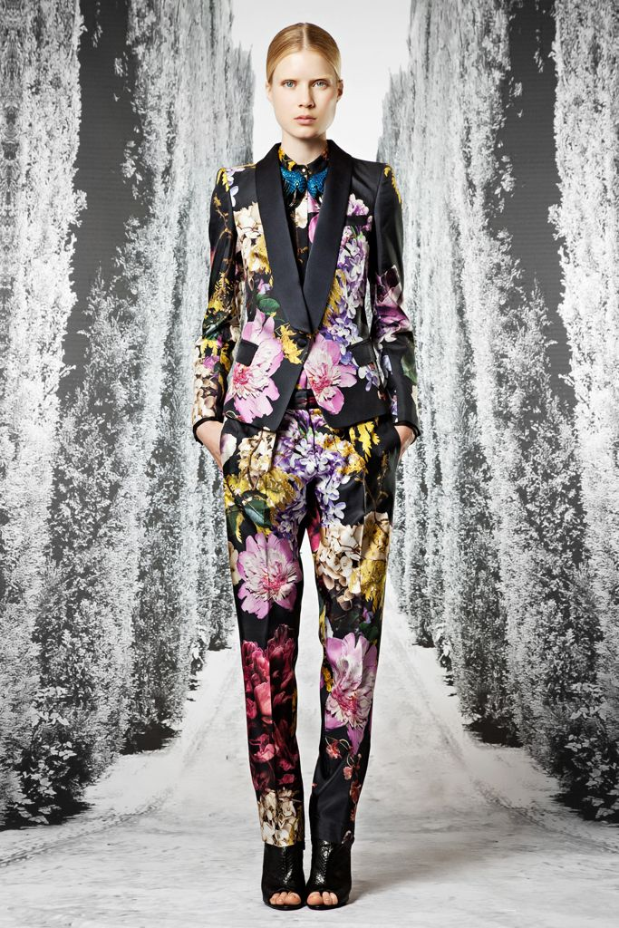 all black nike shox Roberto Cavalli Resort    Collection  Gallery  Style com