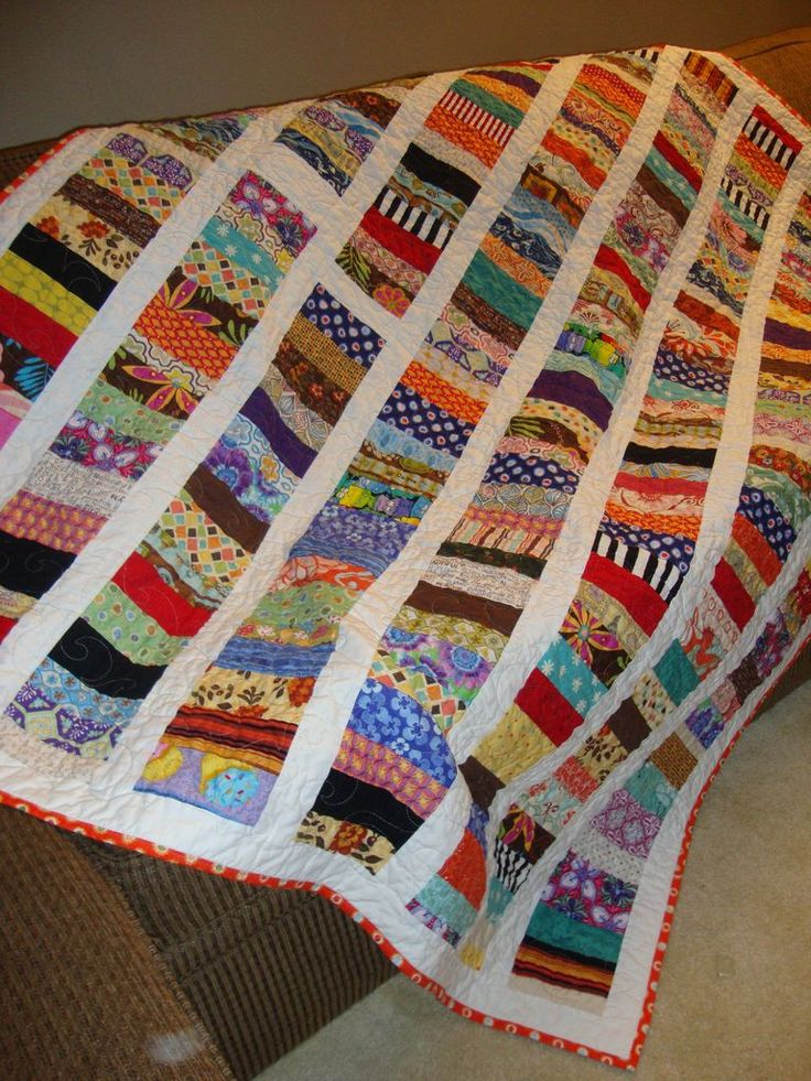 Quilt Patterns 4 Different Fabrics : 25+ best ideas about Scrappy quilts on Pinterest Scraps quilt, Scrappy quilt patterns and ...