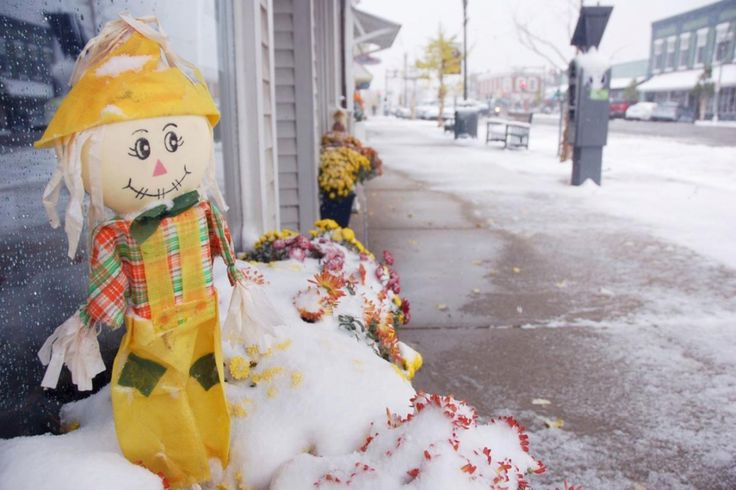 Halloween Surprise 96YearOld Record Snowfall In Chicago