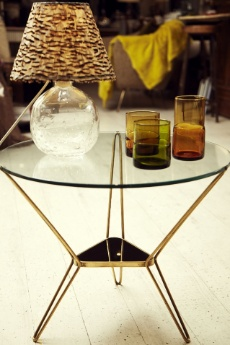 dream side table