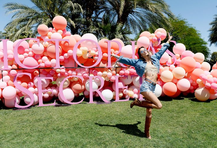 """Martha Hunt and Josephine Skriver talk festival style at the """"Angel Oasis."""""""