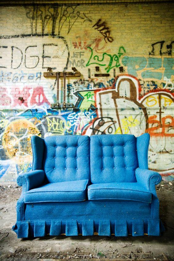 schones geisterbilder wohnzimmer erhebung images und fddeeabed sofa couch the grass