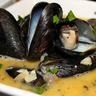 One of my favorite seafood dishes!!!Mussells in white wine garlic sauce
