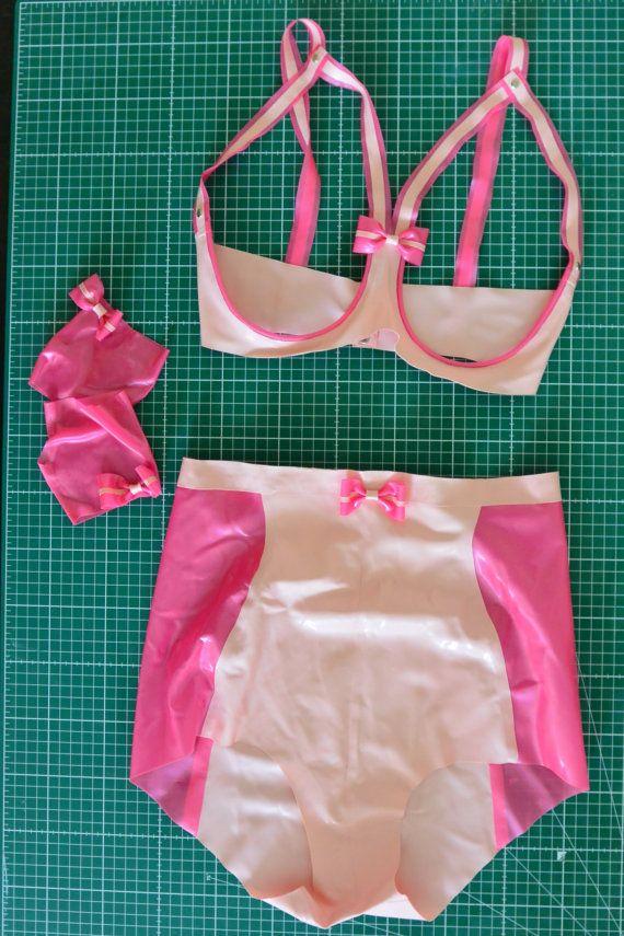 Conjunto: Rosa cuploze bh pantalones y por DazzledDesignsLatex