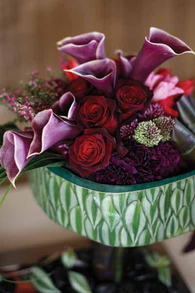 Love the purple callas