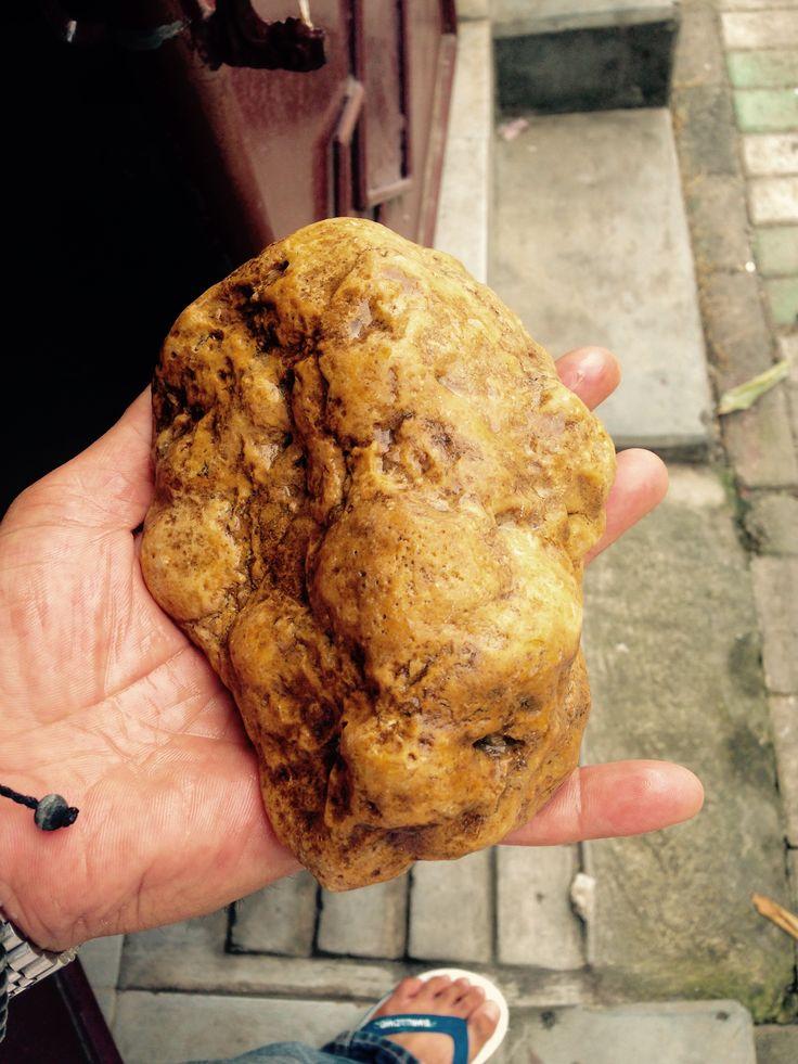 Gold nuggets 1kg.
