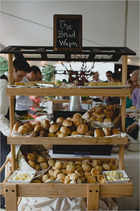 Have a bread wagon at your buffet style wedding reception. #buffet #weddingreception #weddingchicks Caterer: Kahler ---> http://www.weddingchicks.com/2014/05/02/3-reasons-why-wedding-buffets-rock/