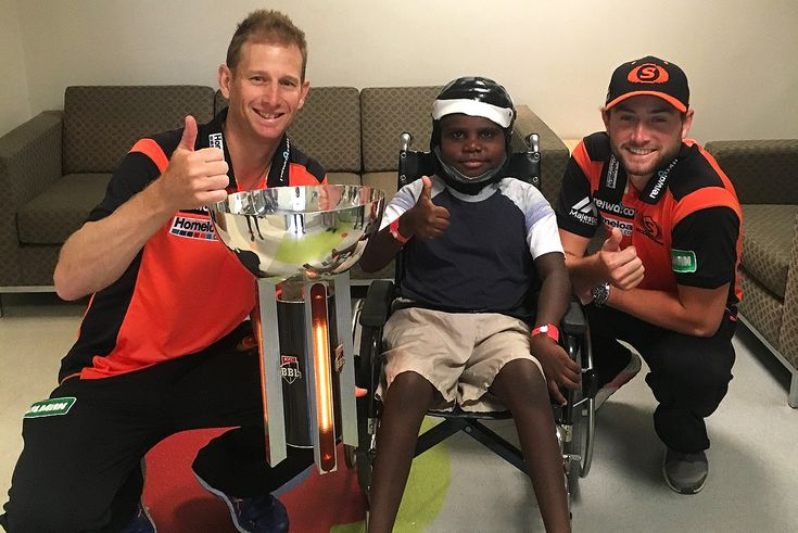 NEWS | Vogesy and Whitey's visit to Princess Margaret Hospital was special, not just for the children, but for Vogesy and Whitey themselves >> http://www.perthscorchers.com.au/news/pmh-visit-vogesy-whiteman/2017-12-06?utm_campaign=coschedule&utm_source=pinterest&utm_medium=Perth%20Scorchers&utm_content=Scorchers%20Light%20Up%20Smiles%20At%20PMH #MADETOUGH
