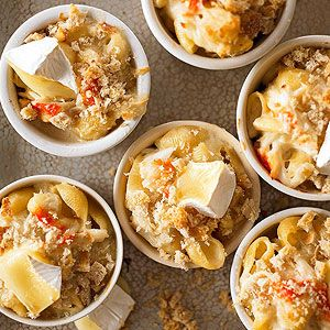 Check out macaroni with brie and crab it 39 s so easy to make gardens bread crumbs and crab for Better homes and gardens mac and cheese