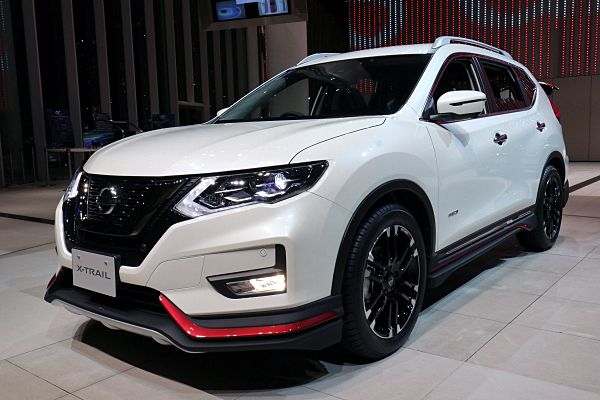 Nissan Expands Nismo Lineup Makes Rogue Look Quicker W Video Carscoops In 2020 Nissan Xtrail Nissan Super Cars