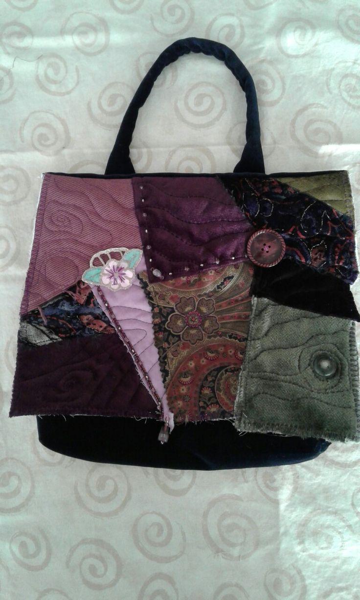 Velvet, crazie patch hand bag 27 x 28 cm  phone 082 399 1985