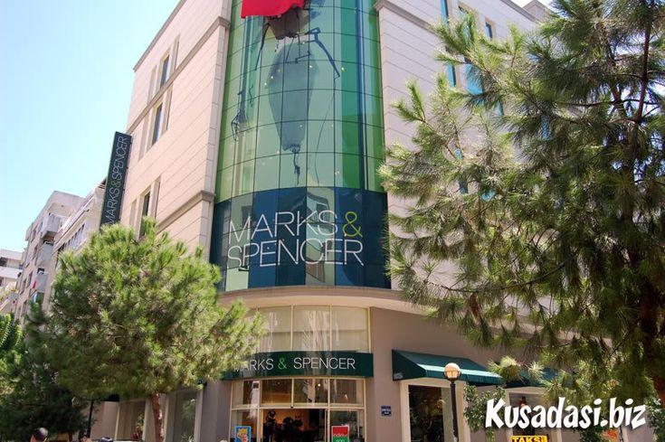 M&S, Alsancak, Izmir.
