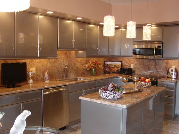 Decorating Ideas For Kitchen Soffits Wall Paper