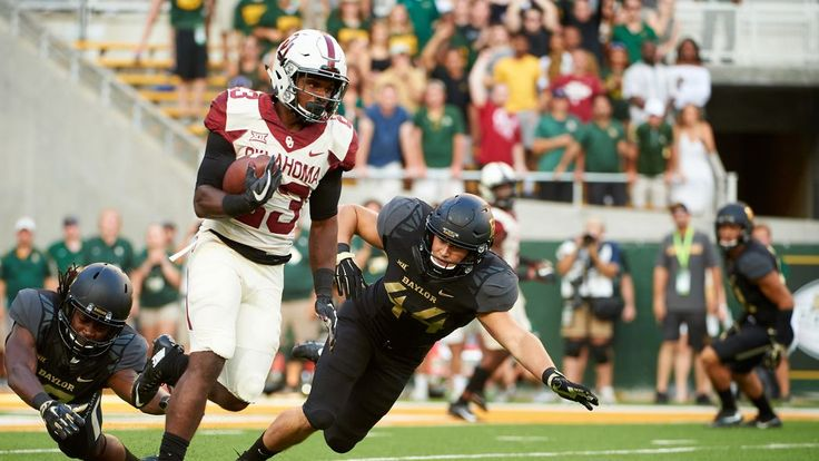 The Oklahoma Sooners are off, but there should be pno shortage of entertaining college football action this weekend.